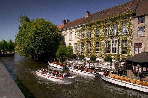 Hotel Academie en Brujas