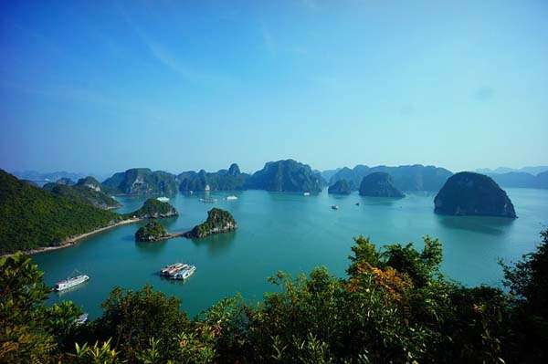 Vistas de la bahía de Halong