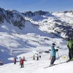 Escapada para esquiar en Grandvalira desde Barcelona