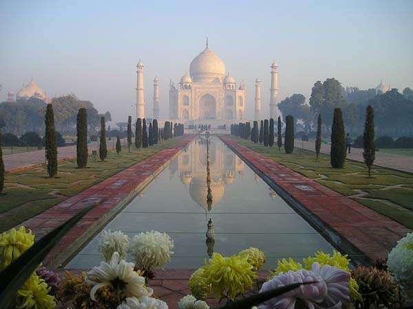 el Taj Mahal en Agra, India