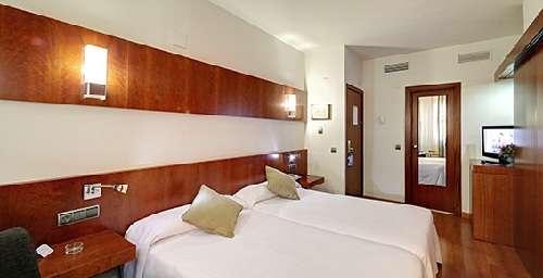 Hotel Monte Conquero en Huelva habitación