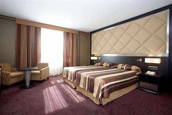 Hotel HCC St Moritz Barcelona habitaciones