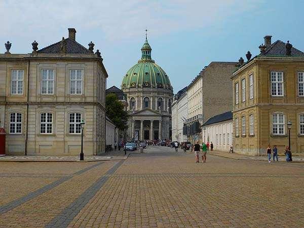 Plaza de Amalienborg Copenhague