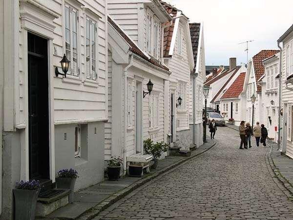 Stavanger calles y casas de madera